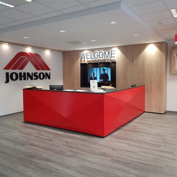 johnson_health_tech_showroom_2018_04